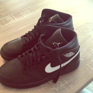 Nike air Jordan athletic shoes
